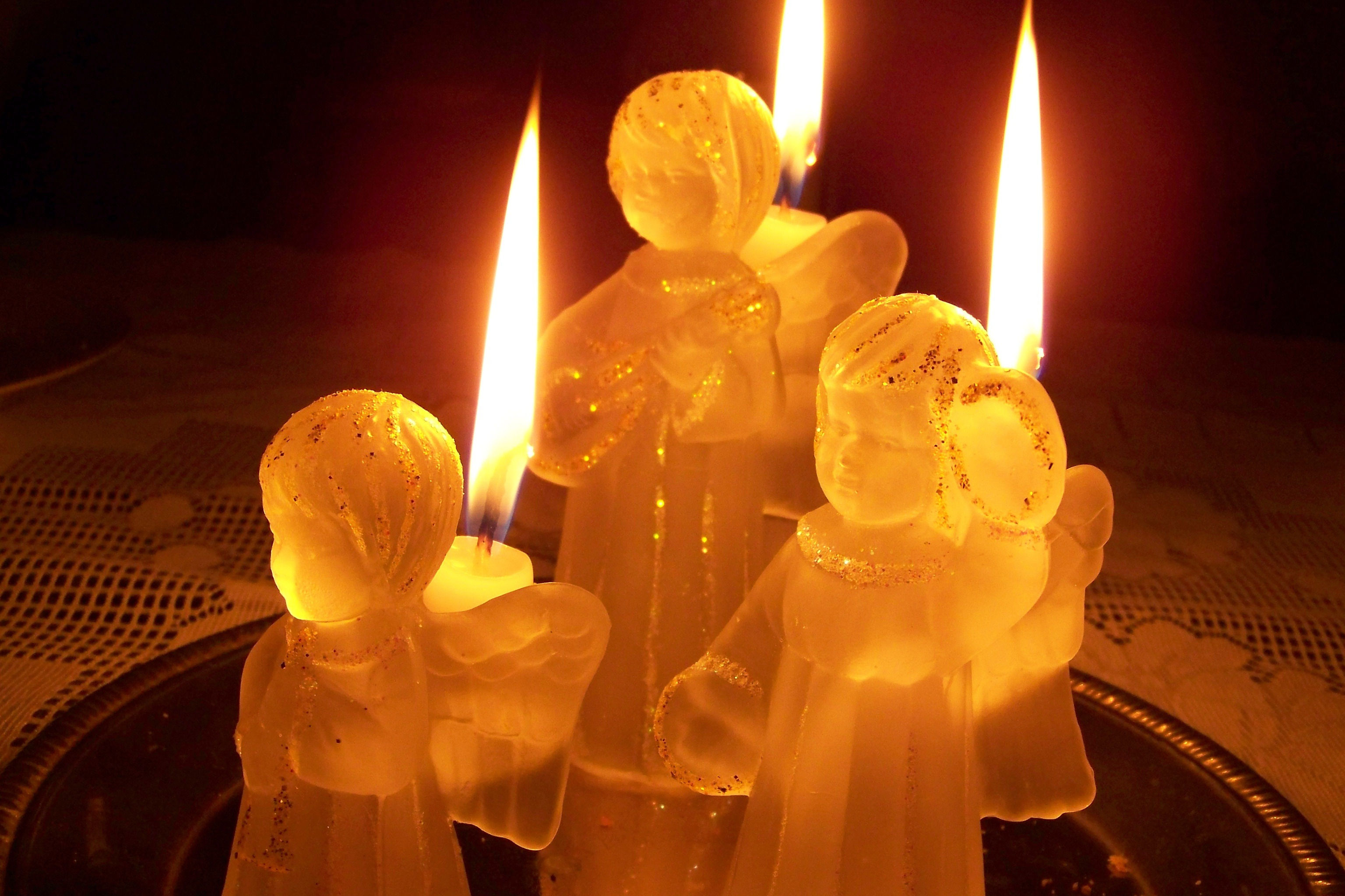 light-night-flower-glass-peace-yellow-candle-lighting-candlestick-christmas-decoration-angel-candles-1007731