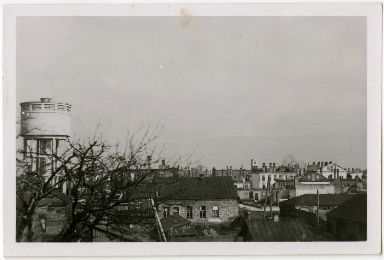 ! Ещё эту пропустила. 46188. Вид на центральную часть Полоцка с высоты вала Ивана Грозного. 1942 г. (из музейного собрания НПИКМЗ)