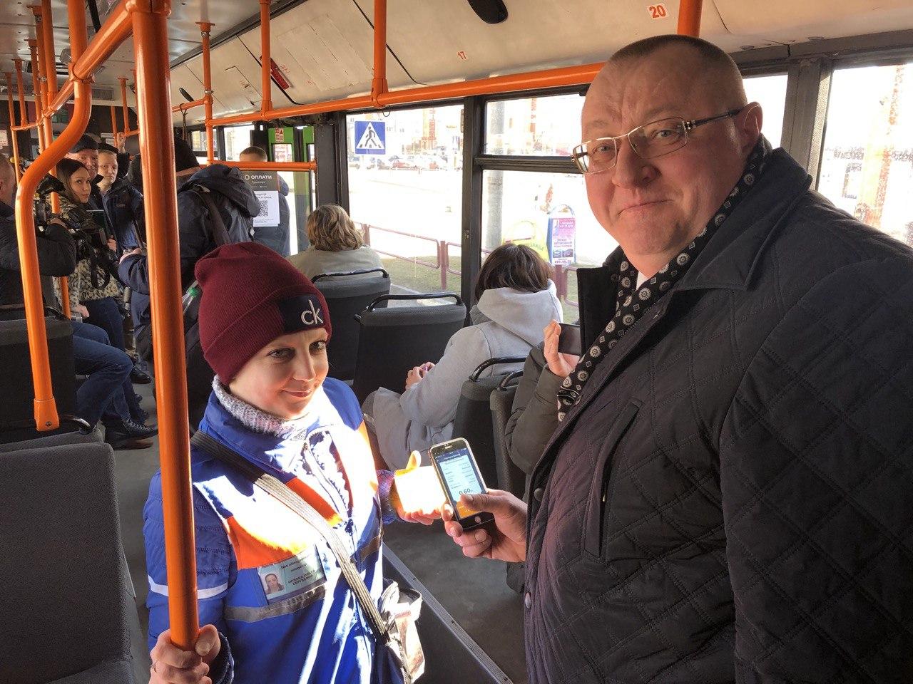 Витебскоблавтотранс Сергей Старовойтов тестирует систему