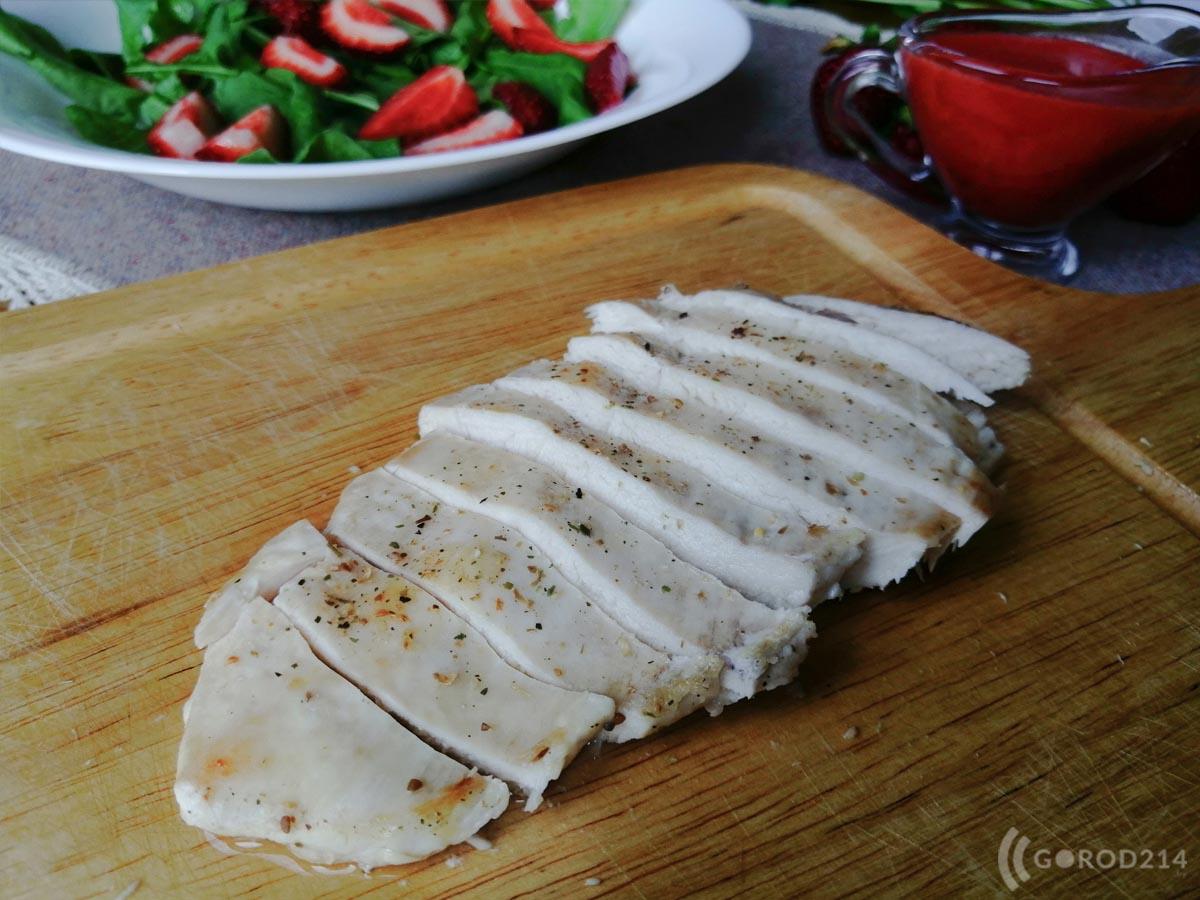 klubnika-salat-04=