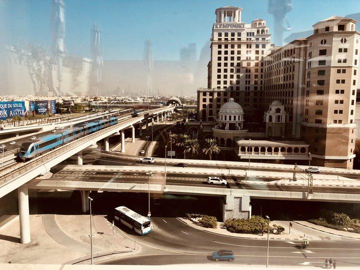 nadzemnoe_metro_dubaya